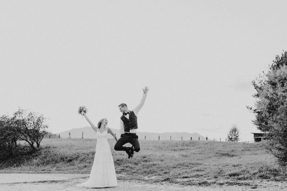 B&W-1050 Michaela Begsteiger Hochzeit Photoshooting